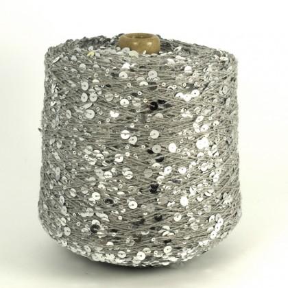100%   хлопок  примерно 250м/100г  светло-серый+серебристая пайетка